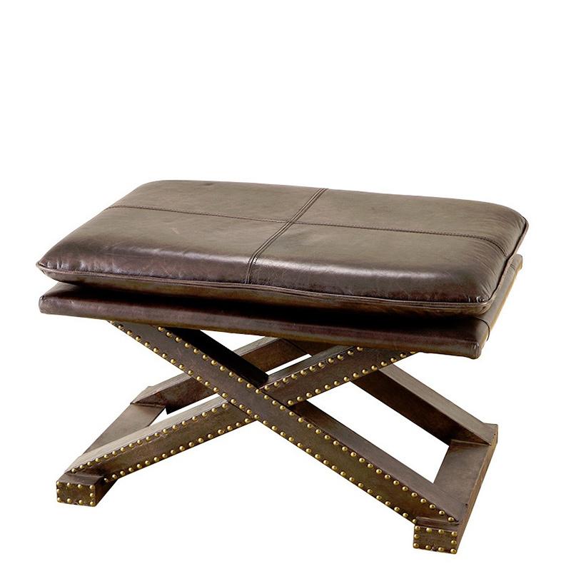 Табурет Stool BrookfieldТабуреты<br>Низкий стульчик Stool Brookfield обтянут коричневой кожей Декор: металлические заклепки.<br><br>Material: Кожа<br>Width см: 76<br>Depth см: 54<br>Height см: 46
