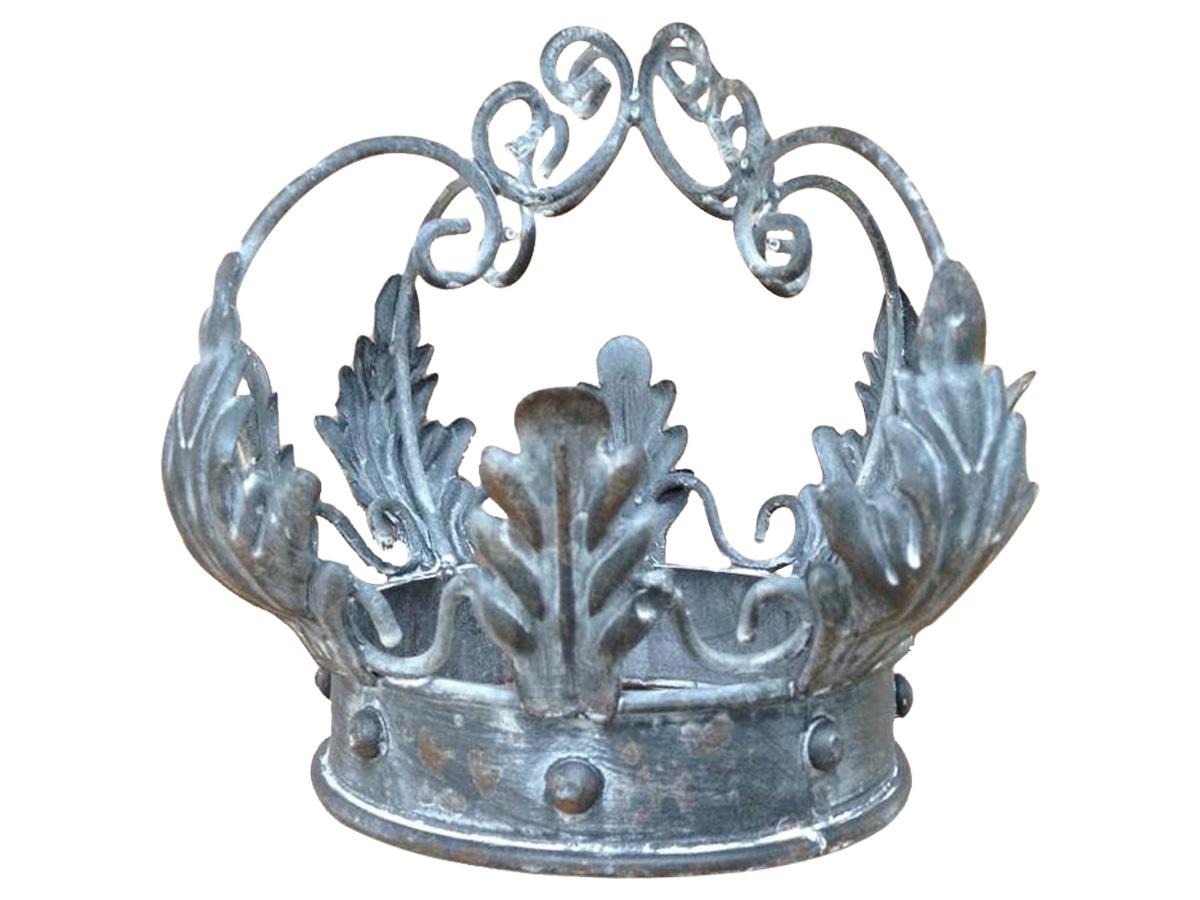 Корона для свечей и декораДругое<br><br><br>Material: Металл<br>Height см: 15<br>Diameter см: 12