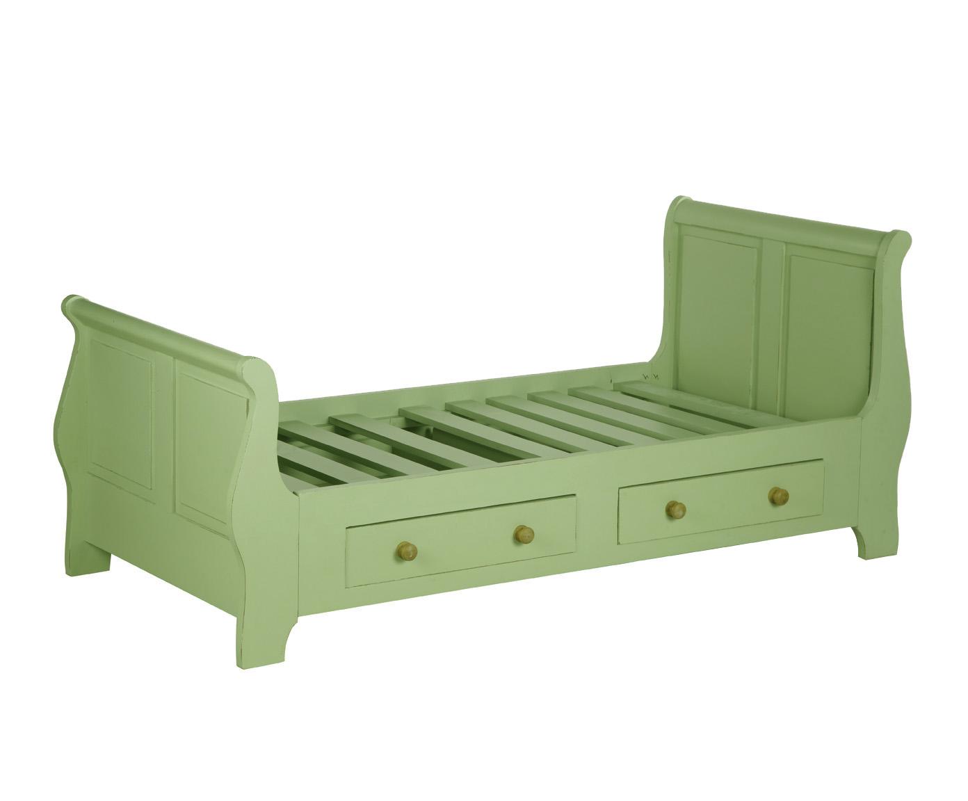Кровать детская КантриПодростковые кровати<br>Несомненным преимуществом цветной мебели &amp;quot;Кантри&amp;quot; является ее высокое качество. Коллекция изготовлена в Румынии и выполнена полностью из массива дерева (средиземноморская сосна). Мебель &amp;quot;Кантри&amp;quot; &amp;amp;nbsp;рассчитана на длительное и активное использование.<br>Кроме того, большая часть предметов коллекции  &amp;quot;Кантри&amp;quot; покрыта двумя слоями красок разных цветов и запатинирована. Искусственная состаренность придает мебели особый теплый деревенский шарм.<br><br>Material: Сосна<br>Length см: 0<br>Width см: 210<br>Depth см: 90<br>Height см: 110<br>Diameter см: 0