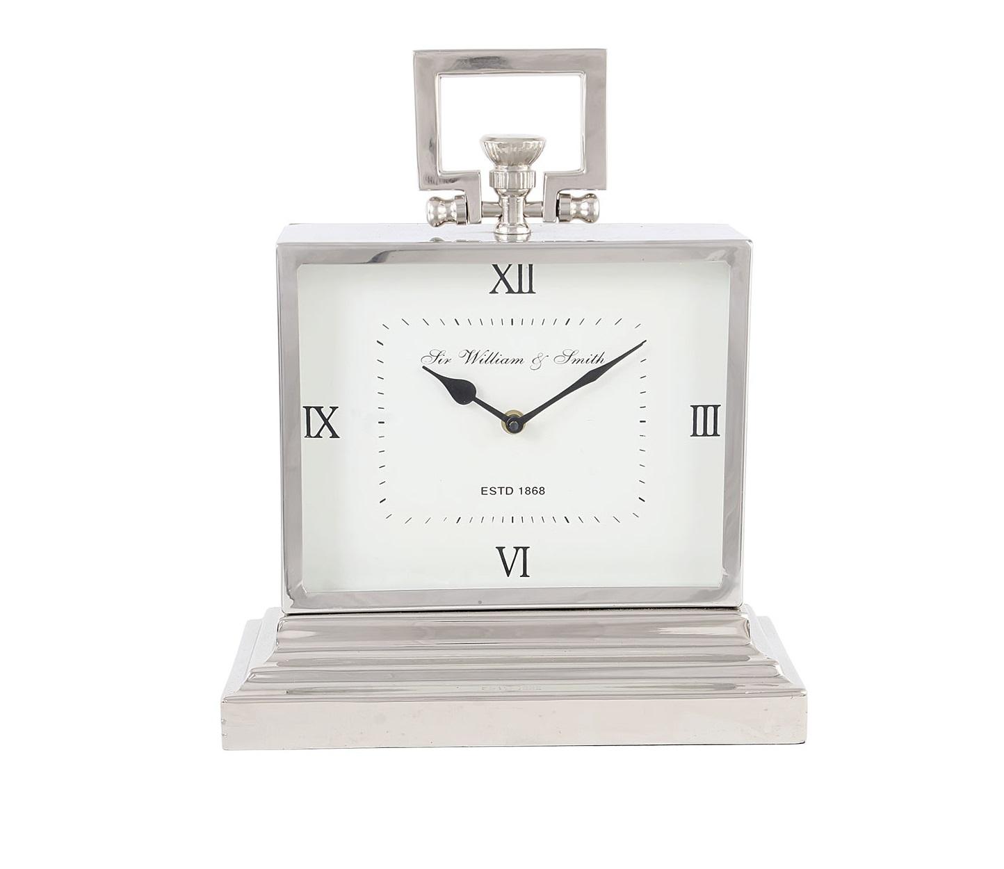 Часы настольныеНастольные часы<br>Кварцевый механизм.<br><br>Material: Алюминий<br>Ширина см: 32<br>Высота см: 38<br>Глубина см: 15
