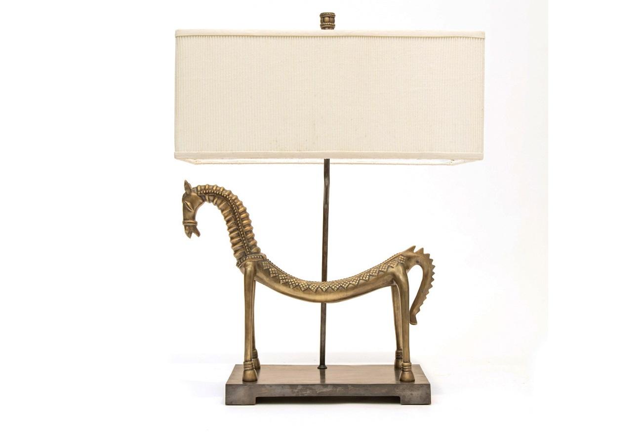 Светильник HorseДекоративные лампы<br>Лошадь – воплощение совершенного творения. Символ жизненной силы, красоты и свободы. Вдохновленные этой животной грацией и гибкостью, мы решили отойти от классического изображения лошади и поиграть с формой – скользя по плавным линиям, позвонок за позвонок.<br><br>Material: Металл<br>Ширина см: 60<br>Высота см: 81<br>Глубина см: 30