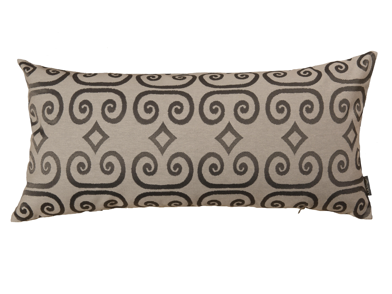 Подушка ЗавиткиПрямоугольные подушки и наволочки<br>Орнамент, украшающий эту подушку, создан по мотивам древнерусской книжной миниатюры. На фоне из натурального льна изображены завитки и ромбы с форзаца старинной книги.&amp;amp;nbsp;&amp;lt;div&amp;gt;&amp;lt;br&amp;gt;&amp;lt;/div&amp;gt;&amp;lt;div&amp;gt;Состав: 21% лен, 30% хлопок, 49 % полиэфир. Наполнитель 100% синтепух высшего сорта.&amp;lt;/div&amp;gt;<br><br>Material: Текстиль<br>Length см: None<br>Width см: 75<br>Height см: 35