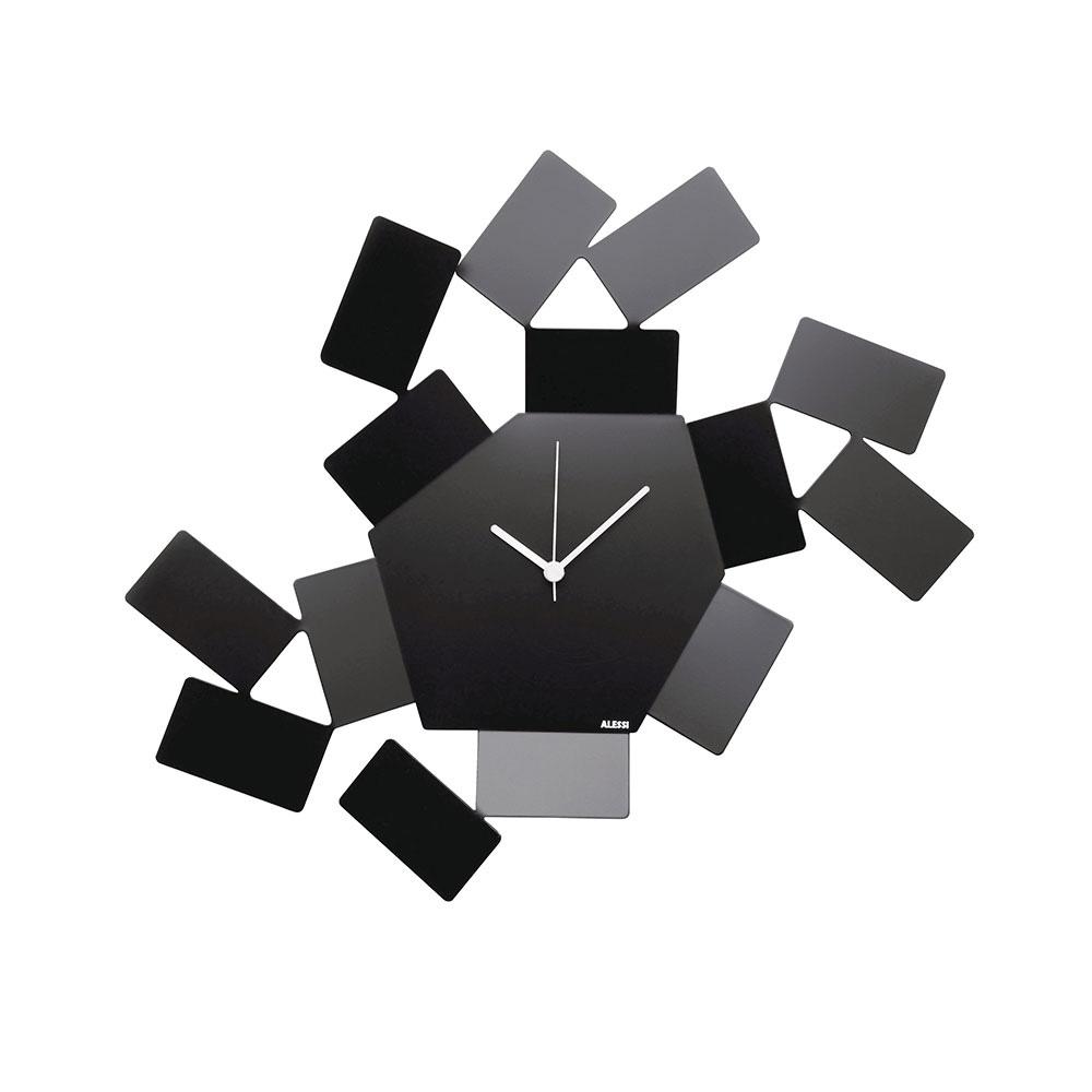 Часы настенные Stanza sciroccoНастенные часы<br>Необычные часы из нержавеющей стали. Тонкие стальные пластины, обрамляющие ассиметричный шестиугольный циферблат, образуют интересную игру света и тени. <br> На создание коллекции «Stanza Scirocco» архитектора и дизайнера Марио Тримарки вдохновили традиционные комнаты «сирокко», которые можно повстречать в богатых сицилийских домах. Эти небольшие помещения без окон предназначены для укрытия в случае сильного средиземноморского ветра. Шум могучих порывов, философские размышления о жизни и игра теней на стене — такова атмосфера этих комнат, в которых люди бывают вынуждены проводить в бездействии долгое время.&amp;lt;div&amp;gt;&amp;lt;br&amp;gt;&amp;lt;/div&amp;gt;&amp;lt;div&amp;gt;Часы имеют кварцевый механизм.&amp;lt;/div&amp;gt;&amp;lt;div&amp;gt;Материал: нержавеющая сталь, окрашенная эпоксидной смолой.&amp;lt;/div&amp;gt;&amp;lt;div&amp;gt;Дизайн: Mario Trimarchi&amp;lt;/div&amp;gt;<br><br>Material: Сталь<br>Ширина см: 46<br>Высота см: 33