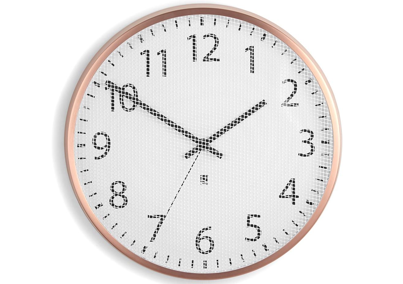 Часы настенные PerftimeНастенные часы<br>В отличие от стандартных часов, циферблат модели Pertime защищен не стеклом, а тонкой металлической сеткой, которая создает интересный оптический эффект. Cекундная стрелка позволяет определить время с абсолютной точностью.&amp;lt;div&amp;gt;&amp;lt;br&amp;gt;&amp;lt;/div&amp;gt;&amp;lt;div&amp;gt;Часы имеют кварцевый механизм.&amp;lt;/div&amp;gt;&amp;lt;div&amp;gt;Дизайн: Alan Wisniewski&amp;lt;/div&amp;gt;<br><br>Material: Металл<br>Глубина см: 4