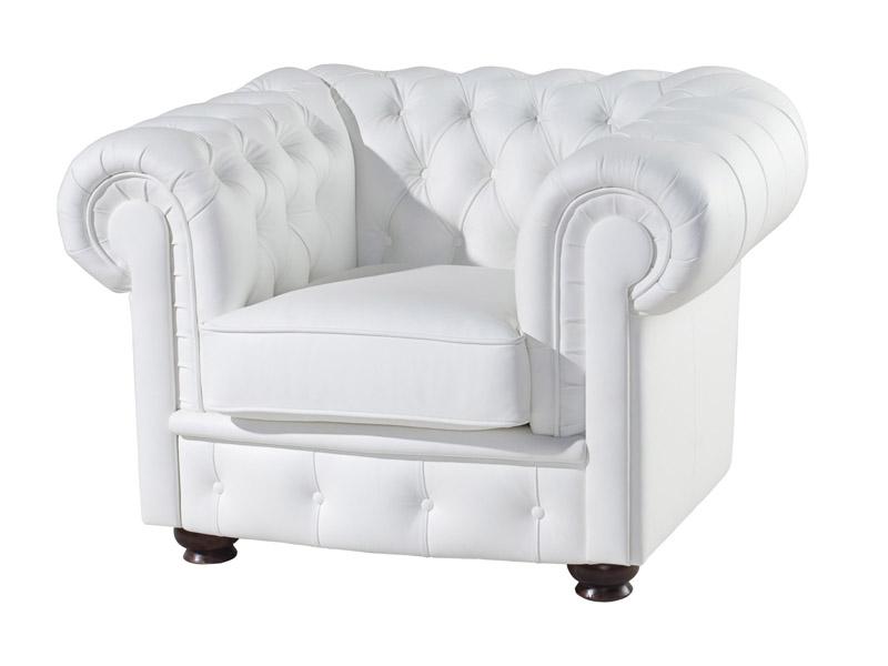 Кресло ChesterКожаные кресла<br>Классическая модель Честерфилд относится не только к диванам, но и к креслам. Дополняя друг друга они являются отличным интерьерным ансамблем, который может стать ярким акцентом в помещении или ненавязчиво дополнить и завершить его стиль.<br>Элитные мягкие кресла — украшение любого интерьера<br>Элитные мягкие кресла являются роскошным предметом интерьера, который способен подчеркнуть его изысканность и указать на отличный вкус хозяев. Мягкие линии окутывают уютом и комфортом, а смелые цвета и формы придают нотку современности.<br><br>Material: Кожа<br>Width см: 87<br>Depth см: 73<br>Height см: 57