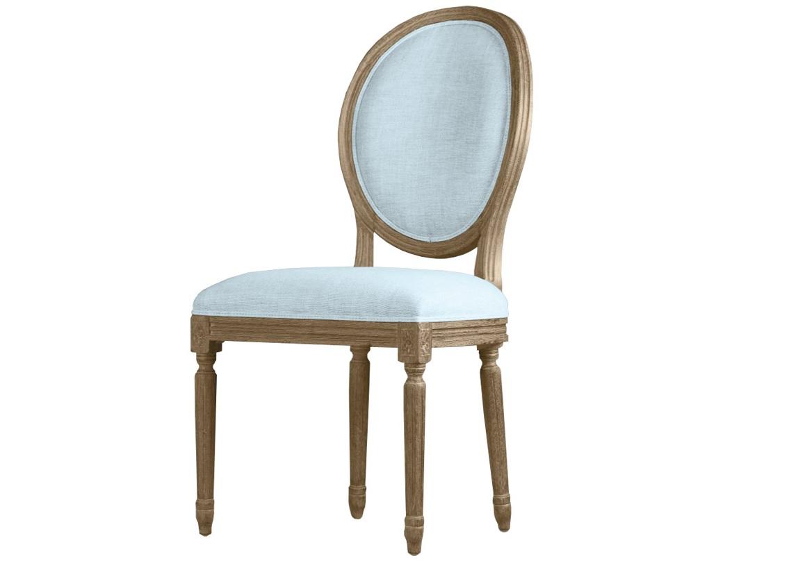 Стул Louis side chairОбеденные стулья<br>&amp;lt;div&amp;gt;Обеденный стул «Louis» выполнен в стиле Франции XVIII века из натурального массива дуба. Такие стулья называют «стул-медальон», потому что они имеют черты, присущие моде и стилю времен правления Людовика XVI — прямые линии, утонченные пропорции, элегантная овальная спинка и трапециевидное сидение, тонкие прямые резные ножки, зауженные книзу и напоминающие античные колонны. Этот стул навеет Вам атмосферу пышных праздников, подарит незабываемые впечатления яркого торжества даже в обычный день.&amp;lt;/div&amp;gt;&amp;lt;div&amp;gt;Классический стул «Louis» сделает Вашу гостиную или обеденную зону по-настоящему уникальной и непревзойденной.&amp;lt;/div&amp;gt;<br><br>Material: Дерево<br>Ширина см: 51<br>Высота см: 102<br>Глубина см: 61