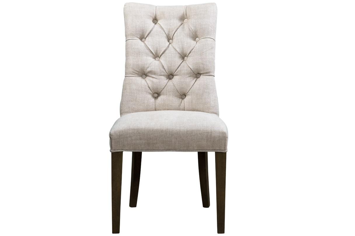 Стул Martin side сhairОбеденные стулья<br>Стул &amp;quot;Martin&amp;quot; прост и лаконичен. Он не имеет каких-либо декоративных излишеств, присутствующих в аналогичных предметах стилей барокко, рококо и ампир — его формы достаточно строги и просты. Незначительный изгиб обеспечивает комфорт для спины, а обратное направление кривизны ножек визуально его уравновешивает.<br><br>Material: Текстиль<br>Width см: 51<br>Depth см: 67<br>Height см: 99