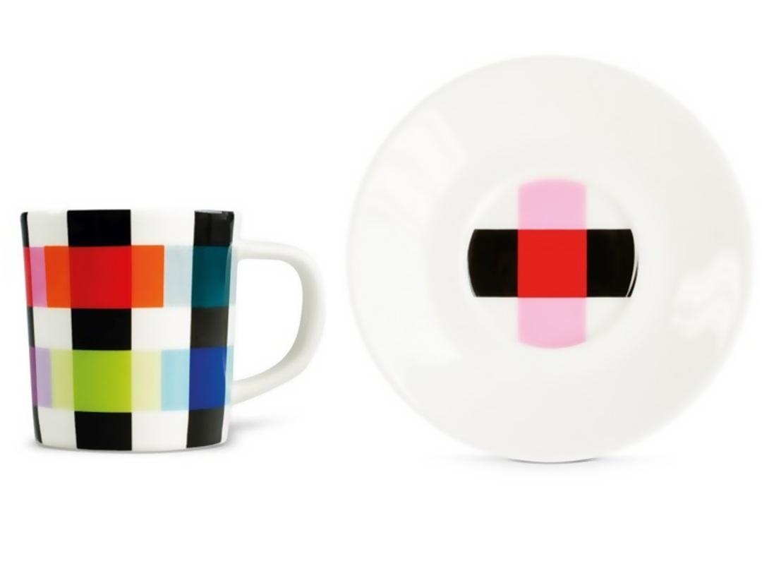 Чашка для эспрессо с блюдцем Сolour caroЧайные пары, чашки и кружки<br>Набор из чашки для эспрессо с блюдцем в подарочной коробке. Элегантная форма и яркие цвета добавят хорошего настроения всем любителям кофе. Отличный подарок для себя или знакомых.&amp;amp;nbsp;&amp;lt;div&amp;gt;&amp;lt;br&amp;gt;&amp;lt;/div&amp;gt;&amp;lt;div&amp;gt;Объём 75 мл.&amp;lt;/div&amp;gt;<br><br>Material: Фарфор<br>Высота см: 9