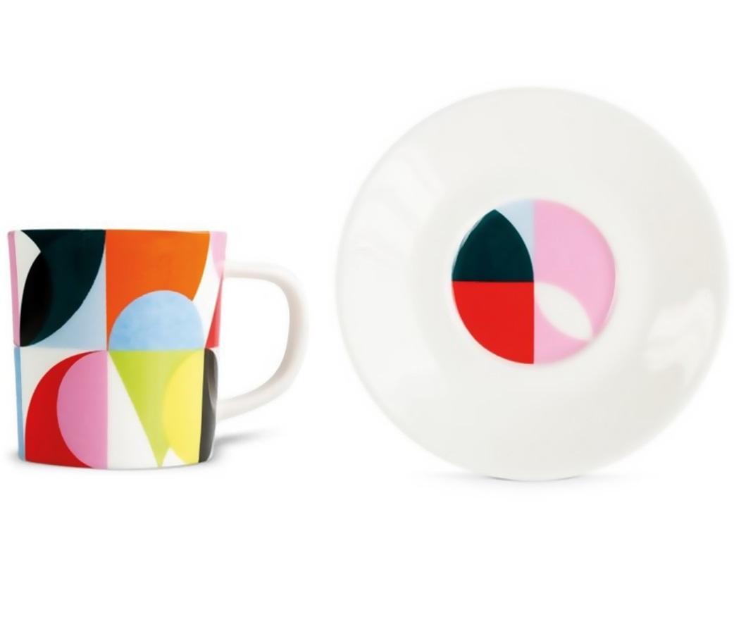 Чашка для эспрессо с блюдцем SolenaЧайные пары, чашки и кружки<br>Набор из чашки для эспрессо с блюдцем в подарочной коробке. Элегантная форма и яркие цвета добавят хорошего настроения всем любителям кофе. Отличный подарок для себя или знакомых.&amp;amp;nbsp;&amp;lt;div&amp;gt;&amp;lt;br&amp;gt;&amp;lt;/div&amp;gt;&amp;lt;div&amp;gt;Объём 75 мл.&amp;lt;/div&amp;gt;<br><br>Material: Фарфор<br>Height см: 9,2<br>Diameter см: 12,2