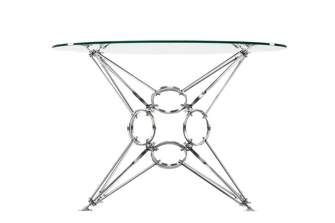 Стол Star of RingsОбеденные столы<br>&amp;lt;div&amp;gt;&amp;lt;span style=&amp;quot;font-size: 14px;&amp;quot;&amp;gt;Конструкция модели полностью симметрична и похожа на звезду. Она не имеет ни верха, ни низа, что характерно для космического пространства.&amp;amp;nbsp;&amp;lt;/span&amp;gt;&amp;lt;span style=&amp;quot;font-size: 14px;&amp;quot;&amp;gt;Столы изготавливаются из натуральных материалов - &amp;amp;nbsp;цвет и фактура могут незначительно отличаться от представленных на фото.&amp;lt;/span&amp;gt;&amp;lt;/div&amp;gt;&amp;lt;div&amp;gt;&amp;lt;br&amp;gt;&amp;lt;/div&amp;gt;Материал столешницы: стекло закаленное, толщина 10 мм.&amp;lt;div&amp;gt;Материал основания: хромированная сталь.&amp;lt;/div&amp;gt;&amp;lt;div&amp;gt;&amp;lt;span style=&amp;quot;font-size: 14px;&amp;quot;&amp;gt;&amp;lt;br&amp;gt;&amp;lt;/span&amp;gt;&amp;lt;/div&amp;gt;&amp;lt;div&amp;gt;&amp;lt;span style=&amp;quot;font-size: 14px;&amp;quot;&amp;gt;Размеры стекла могут быть различными на заказ.&amp;lt;/span&amp;gt;&amp;lt;br&amp;gt;&amp;lt;/div&amp;gt;<br><br>Material: Стекло<br>Height см: 73<br>Diameter см: 110