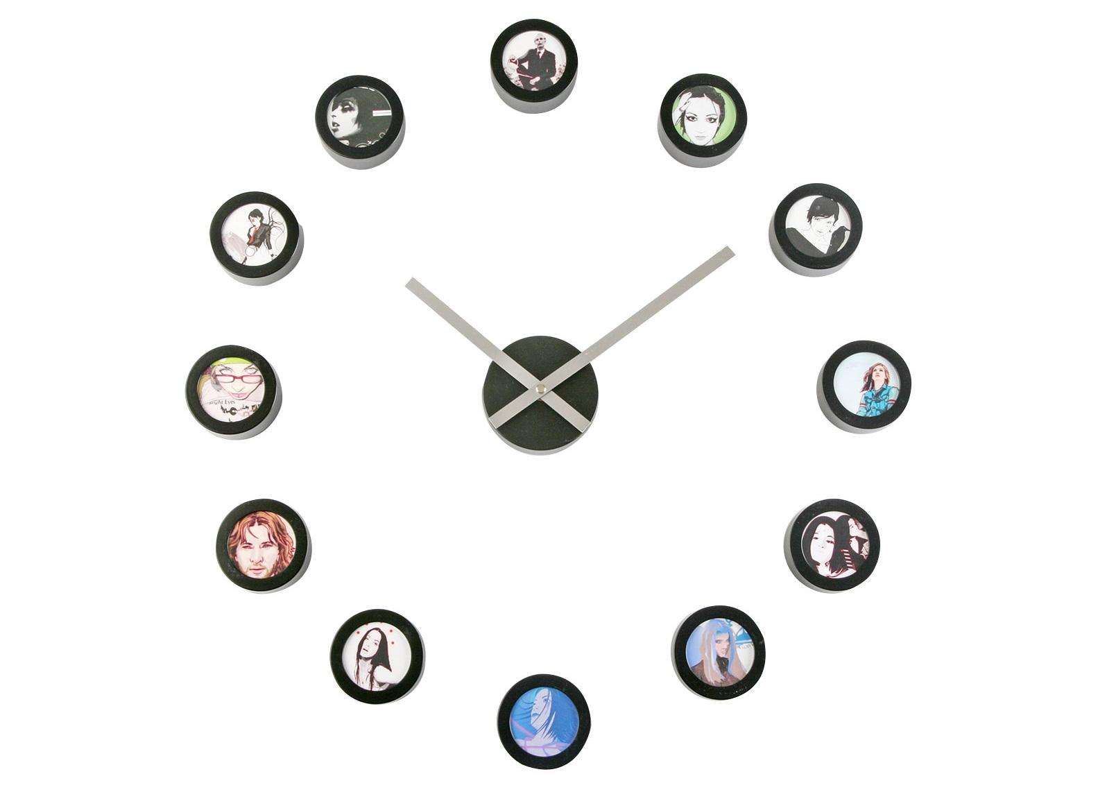 Часы STICKERНастенные часы<br>Часы с 12 фоторамками&amp;lt;div&amp;gt;кварцевый механизм&amp;lt;/div&amp;gt;<br><br>Material: Пластик<br>Length см: None<br>Width см: None<br>Height см: None<br>Diameter см: 90