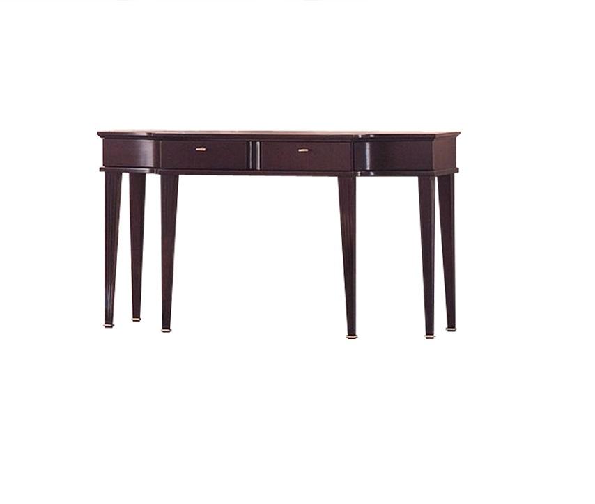 Туалетный столик MestreТуалетные столики<br>&amp;lt;div&amp;gt;Mestre создан дизайнерами итальянского бренда Fratelli Barri. Такой столик – незаменимый атрибут интерьеров, выполненных в стиле неоклассика или ар-деко. Здесь каждая деталь демонстрирует достаток и роскошь. В этой модели все на высшем уровне, начиная от столешницы, заканчивая элегантными ящичками.&amp;lt;br&amp;gt;&amp;lt;/div&amp;gt;&amp;lt;div&amp;gt;&amp;lt;br&amp;gt;&amp;lt;/div&amp;gt;Туалетный столик с 2 ящиками отделан шпоном красного дерева.<br><br>Material: Дерево<br>Length см: 135<br>Width см: 47<br>Height см: 75