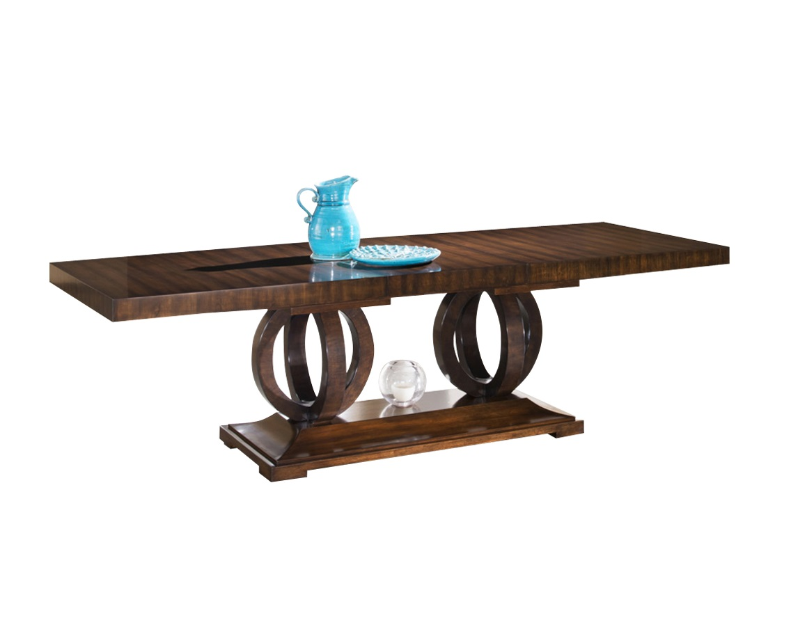 Стол MestreОбеденные столы<br>Великолепный обеденный стол от итальянской компании Fratelli Barri из серии Mestre, отделанный шпоном вишни, благодаря оригинальной конструкции основания выглядит стильно и необычно. Этот стол отлично впишется в интерьер гостиной или столовой в стиле ар-деко. Большой двухметровый стол соберет большую семью или компанию друзей.<br><br>Дополнительная панель позволяет увеличить длину стола на 60 см.<br><br>Material: Дерево<br>Length см: 200<br>Width см: 100<br>Height см: 76