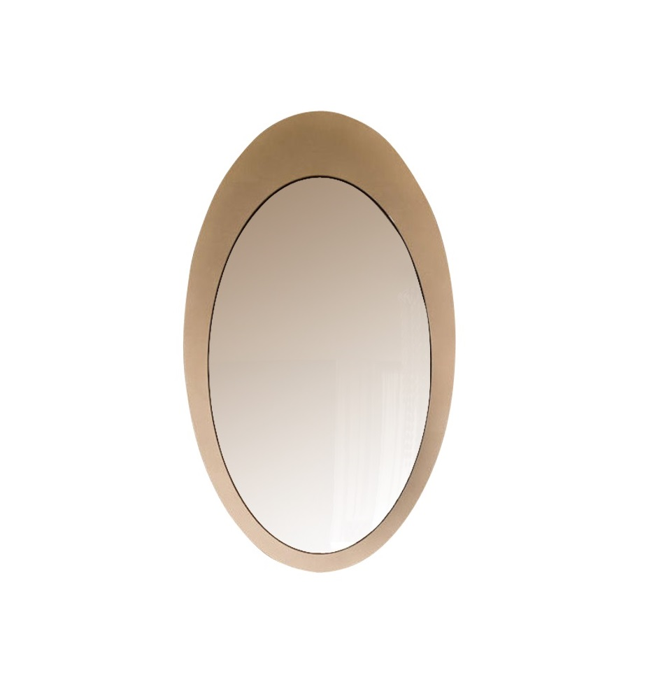 Зеркало VeneziaНастенные зеркала<br>Стиль ар деко, эффектный сам по себе, не нуждается в излишнем украшательстве. Поэтому зеркало &amp;quot;Venezia&amp;quot; идеально подойдет для его дополнения. Овальный декор, выполненный в простых, но невероятно элегантных пропорциях, прекрасно впишется в пространство, где роскошь выражена в лаконичном величии. Овальная рама, декорированная сусальным серебром, будет притягивать восхищенные взгляды. Аскетичное оформление зеркала позволит полностью раскрыть великолепие его окружения.<br><br>Material: Стекло<br>Ширина см: 71<br>Высота см: 121