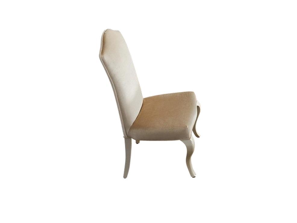 Стул ROMAОбеденные стулья<br>Стул с высокой спинкой и мягким сидением. Изогнутые ножки из массива дерева покрыты сверкающим жемчужным лаком. Обивка — ткань из коллекции фабрики.<br><br>Material: Дерево<br>Width см: 56,5<br>Depth см: 65<br>Height см: 116