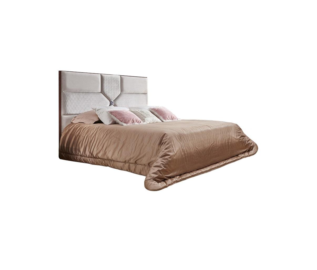 Кровать FORLIКровати с мягким изголовьем<br>Кровать выполнена в современном стиле. Сделана из высококачественного МДФ высокой плотности и массива дерева.<br>Размер спального места 180*200 см.<br>Без &amp;quot;декора&amp;quot; розочка по центру.<br><br>Material: Дерево<br>Length см: 220<br>Width см: 198,5<br>Height см: 139,5
