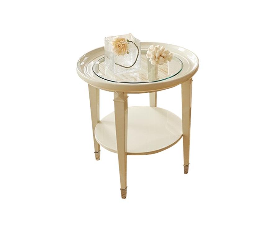 Приставной стол MODENAПриставные столики<br>Приставной стол выполнен в стиле неоклассика.<br><br>Material: Дерево<br>Height см: 65<br>Diameter см: 65