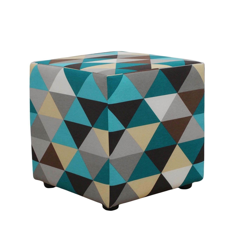 Каркасный пуфикФорменные пуфы<br>&amp;lt;div&amp;gt;Кубизм - это не только про изобразительное искусство, в интерьере ему тоже есть место! Этот прекрасный пуф в форме куба сделать ваш дом ярче и оригинальнее. Необычный чехол с геометрическим узором поддержит тему прямых линий.&amp;lt;br&amp;gt;&amp;lt;/div&amp;gt;<br><br>Material: Текстиль<br>Length см: None<br>Width см: 40<br>Depth см: 40<br>Height см: 40
