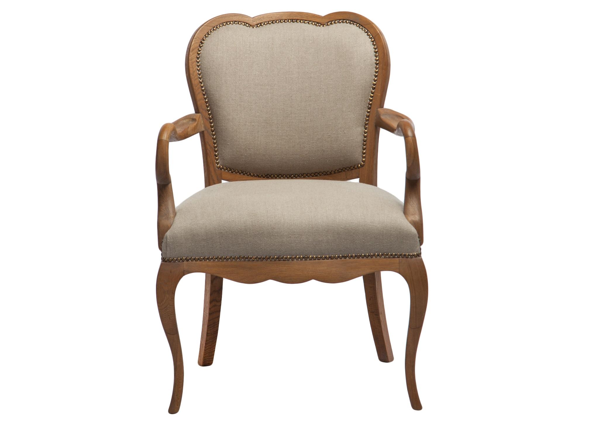 КреслоИнтерьерные кресла<br>Кресло из дуба в классическом стиле с однотонной обивкой.<br><br>Material: Текстиль<br>Width см: 64<br>Depth см: 54<br>Height см: 93