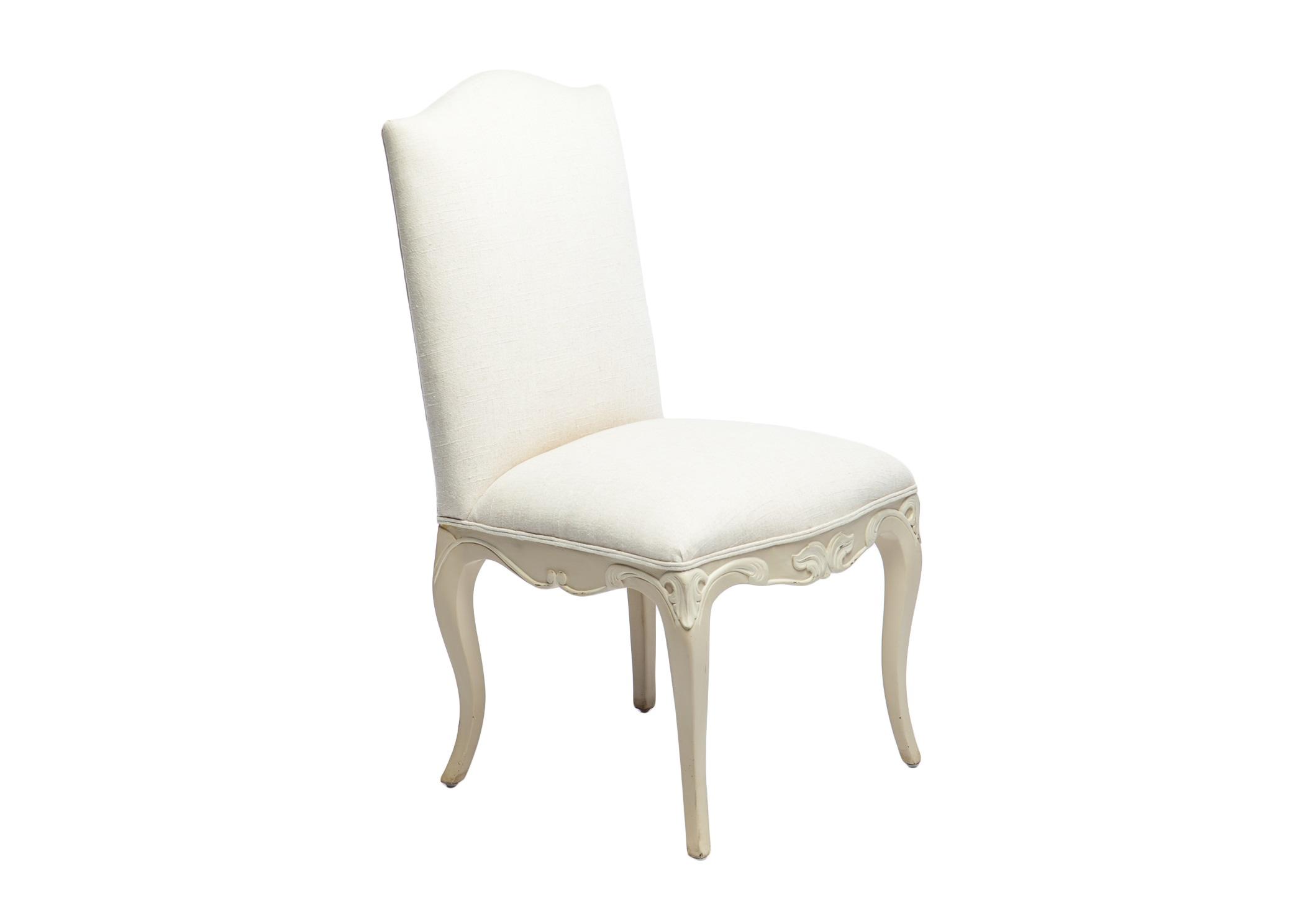 Стул ЭлеонораОбеденные стулья<br>Стул обеденный классический с прямоугольной мягкой спинкой, украшен резьбой и старением.<br><br>Material: Текстиль<br>Width см: 59<br>Depth см: 53<br>Height см: 99