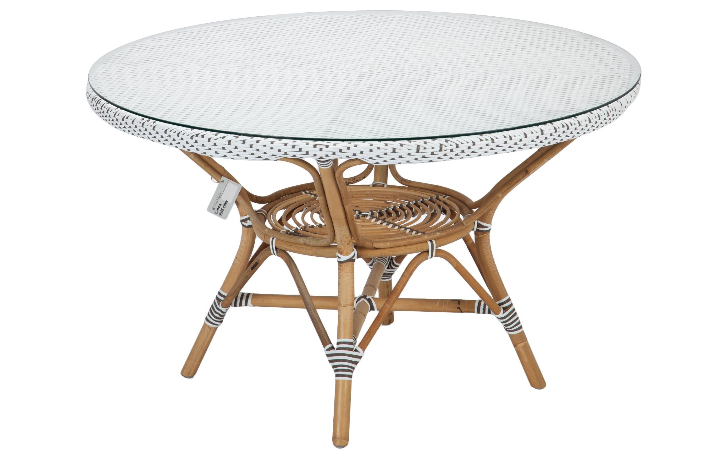 Стол обеденныйСтолы для улицы<br>Стол обеденный из ротанга, столешница из прочного синтетического волокна, сверху прозрачное стекло. В дополнение к столу в коллекции представлены стулья, полукресла и кресла из ротанга.<br><br>Material: Ротанг<br>Height см: 73<br>Diameter см: 120