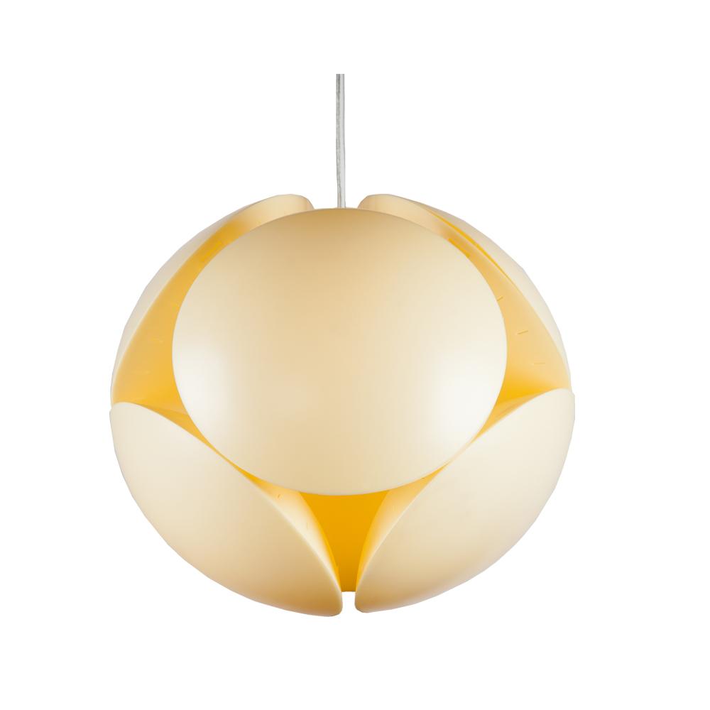 Подвесной светильник КловерПодвесные светильники<br>Истинный эталон современного дизайна - подвесной светильник Кловер демонстрирует лучшие черты современного светодизайна. Мягкие молочно-желтые оттенки и плавные изгибы скульптурной формы дизайнерского светильника передают легкое цветочное настроение. Теплый свет настраивает на спокойный, размеренный лад.<br><br>Биоморфный органический дизайн этой люстры удостоен самых высоких похвал. При взгляде на плафон будто видятся цветочные лепестки, парящие в воздухе. Элегантный подвесной светильник, к тому же, весьма функционален. Эта люстра - настоящий шедевр современного светодизайна в Вашем доме.&amp;lt;div&amp;gt;&amp;lt;br&amp;gt;&amp;lt;/div&amp;gt;&amp;lt;div&amp;gt;&amp;lt;div&amp;gt;Вид цоколя: E27&amp;lt;/div&amp;gt;&amp;lt;div&amp;gt;Мощность лампы: 100W&amp;lt;/div&amp;gt;&amp;lt;div&amp;gt;Количество ламп: 1&amp;lt;/div&amp;gt;&amp;lt;/div&amp;gt;<br><br>Material: Пластик<br>Height см: 42<br>Diameter см: 42