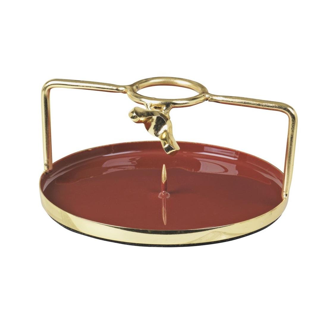 Подсвечник SoffiПодсвечники<br>Broste Copenhagen – компания, основанная в 1955 году, занимает лидирующие позиции среди скандинавских брендов товаров для дома. Посуда Broste представлена в ресторанах, входящих в один из самых авторитетных рейтингов «Красный гид», созданный Андре Мишленом. Многие товары выполнены вручную, что придаёт им особенную неповторимость и качество. Традиционный скандинавский дизайн и современные тенденции производства – вот сочетание, заложенное в основу успешности этого старинного датского бренда.<br><br>Material: Сталь<br>Length см: None<br>Width см: None<br>Height см: 3<br>Diameter см: 10