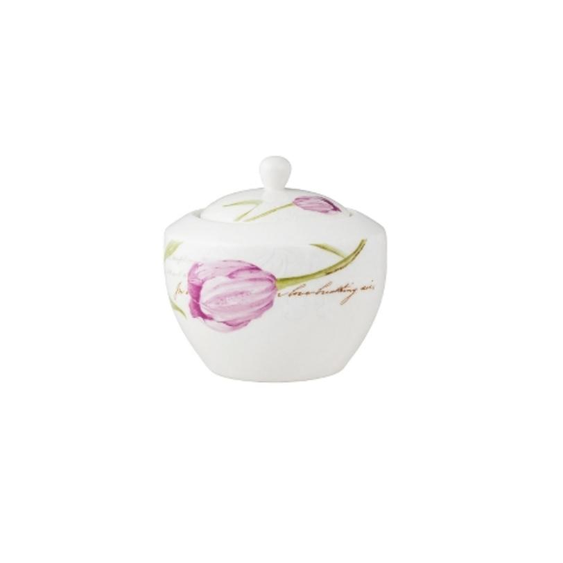 СахарницаСахарницы<br>MIKASA по праву считается одним из мировых лидеров по производству столовой посуды из фарфора и керамики. На протяжении более полувека категории качества и дизайна являются неотъемлемой частью бренда MIKASA. Сегодня MIKASA сотрудничает со многими известными дизайнерами, работающими для лучших фабрик мира, и использует самые передовые технологии в производстве посуды.&amp;lt;div&amp;gt;&amp;lt;br&amp;gt;&amp;lt;/div&amp;gt;&amp;lt;div&amp;gt;Объем: 1500 мл&amp;lt;/div&amp;gt;<br><br>Material: Фарфор<br>Length см: None<br>Width см: None<br>Depth см: None<br>Height см: None<br>Diameter см: None