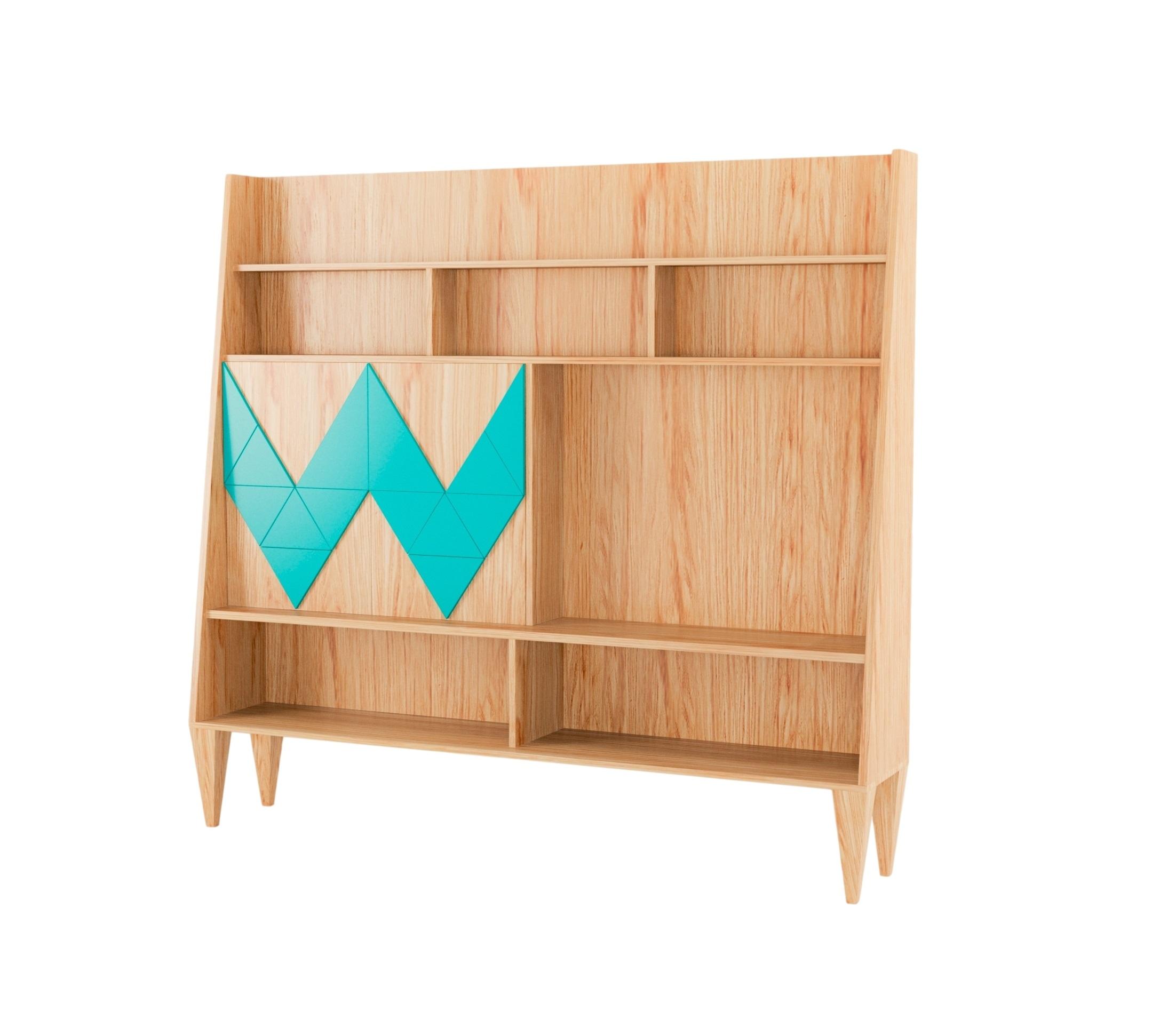 Стенка WOO WALLСтеллажи<br>Стенка для гостиной WOO WALL первая из коллекции стенок Woodi, из новой коллекции городского дизайна неразрывно связанной с общей концепцией нашего мебельного бюро: функциональность, качество и простота скандинавского дизайна. Стенка многовариантного использования, с двумя открывающимися дверками и полкой внутри, для хранения ценных мелочей и бумаг. Материал: Корпус – МДФ, лакированный натуральный шпон, краска; ножки – береза.<br><br>Material: Дерево<br>Width см: 190<br>Depth см: 50<br>Height см: 170