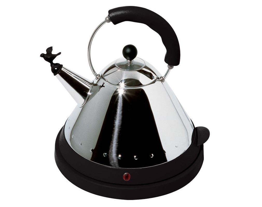 Чайник электрический со свисткомЧайники<br>Компактный электрический чайник от дизайнера Майкла Грейвса является современной версией бестселлера Alessi 1980х годов. Популярность среди покупателей этому предмету принесла небольшая, но примечательная деталь: свисток, выполненный в виде изящной птицы.&amp;amp;nbsp;&amp;lt;div&amp;gt;&amp;lt;br&amp;gt;&amp;lt;/div&amp;gt;&amp;lt;div&amp;gt;Материалы: нержавеющая сталь + термопластик&amp;lt;div&amp;gt;Объем: 1,5 л.&amp;amp;nbsp;&amp;lt;/div&amp;gt;&amp;lt;/div&amp;gt;<br><br>Material: Сталь