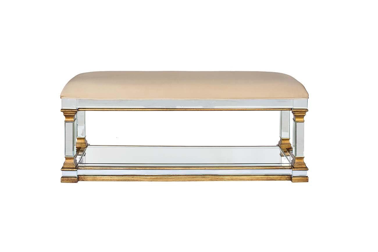 Банкетка с зеркальными вставкамиБанкетки<br><br><br>Material: Текстиль<br>Width см: 130<br>Depth см: 45<br>Height см: 52