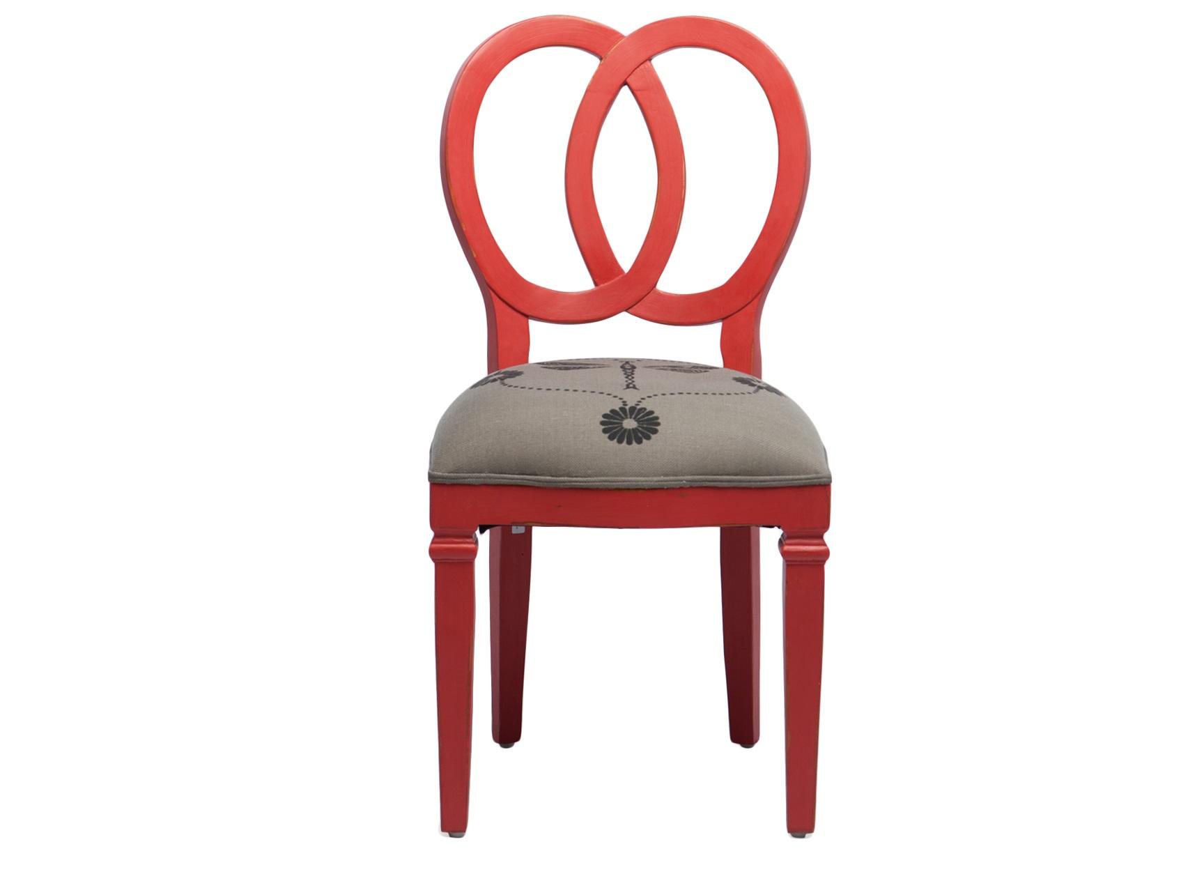 СтулОбеденные стулья<br>Дизайнерский стул из дерева махагони, обивка с принтом. Оригинальная спинка в форме двух колец.<br><br>Material: Красное дерево<br>Width см: 48<br>Depth см: 54<br>Height см: 95