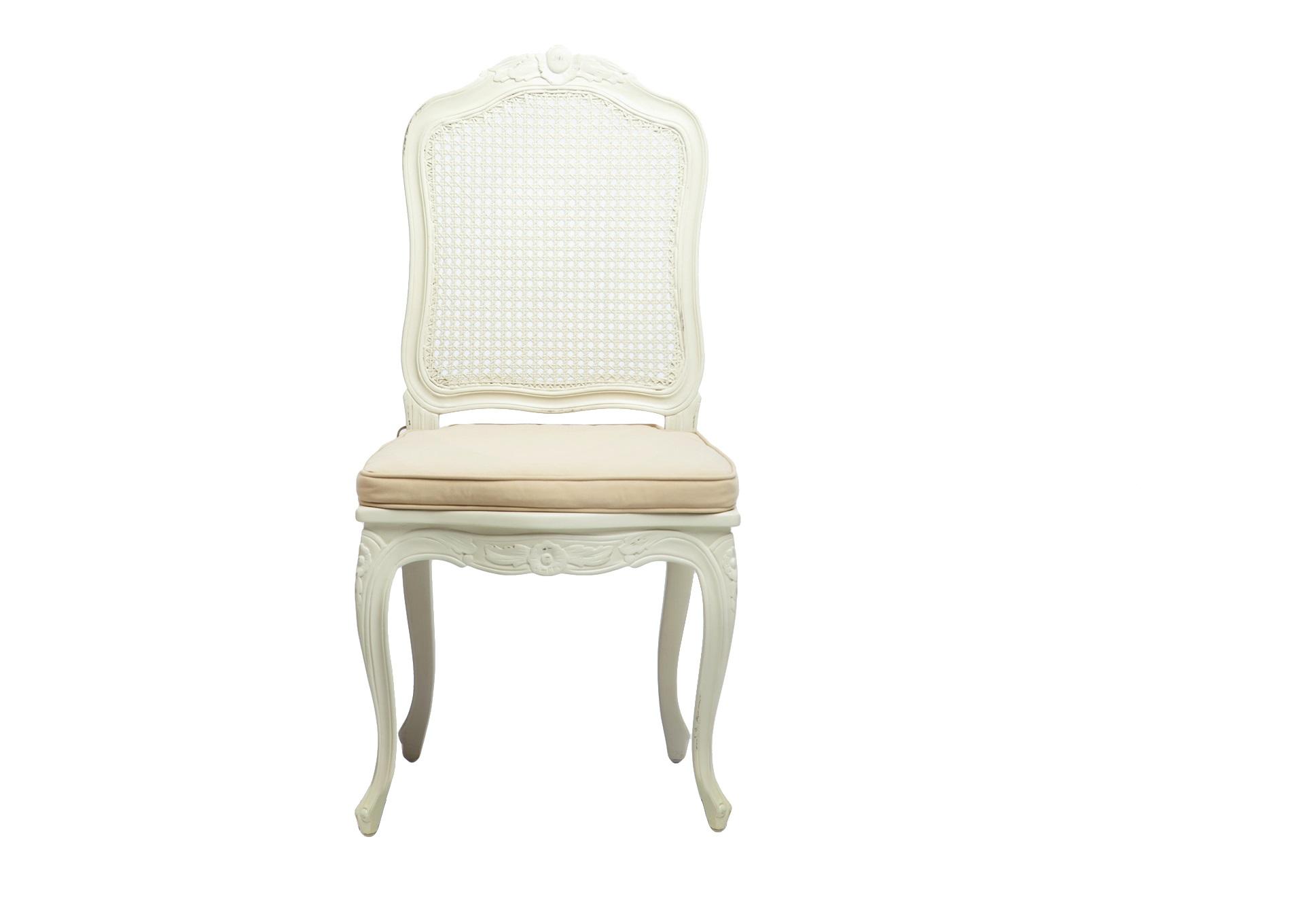 Стул АгатаОбеденные стулья<br>Стул с ротанговой спинкой в стиле прованс, с резьбой ручной работы и старением. Сиденье со съемным чехлом.<br><br>Material: Красное дерево<br>Width см: 49<br>Depth см: 50<br>Height см: 102
