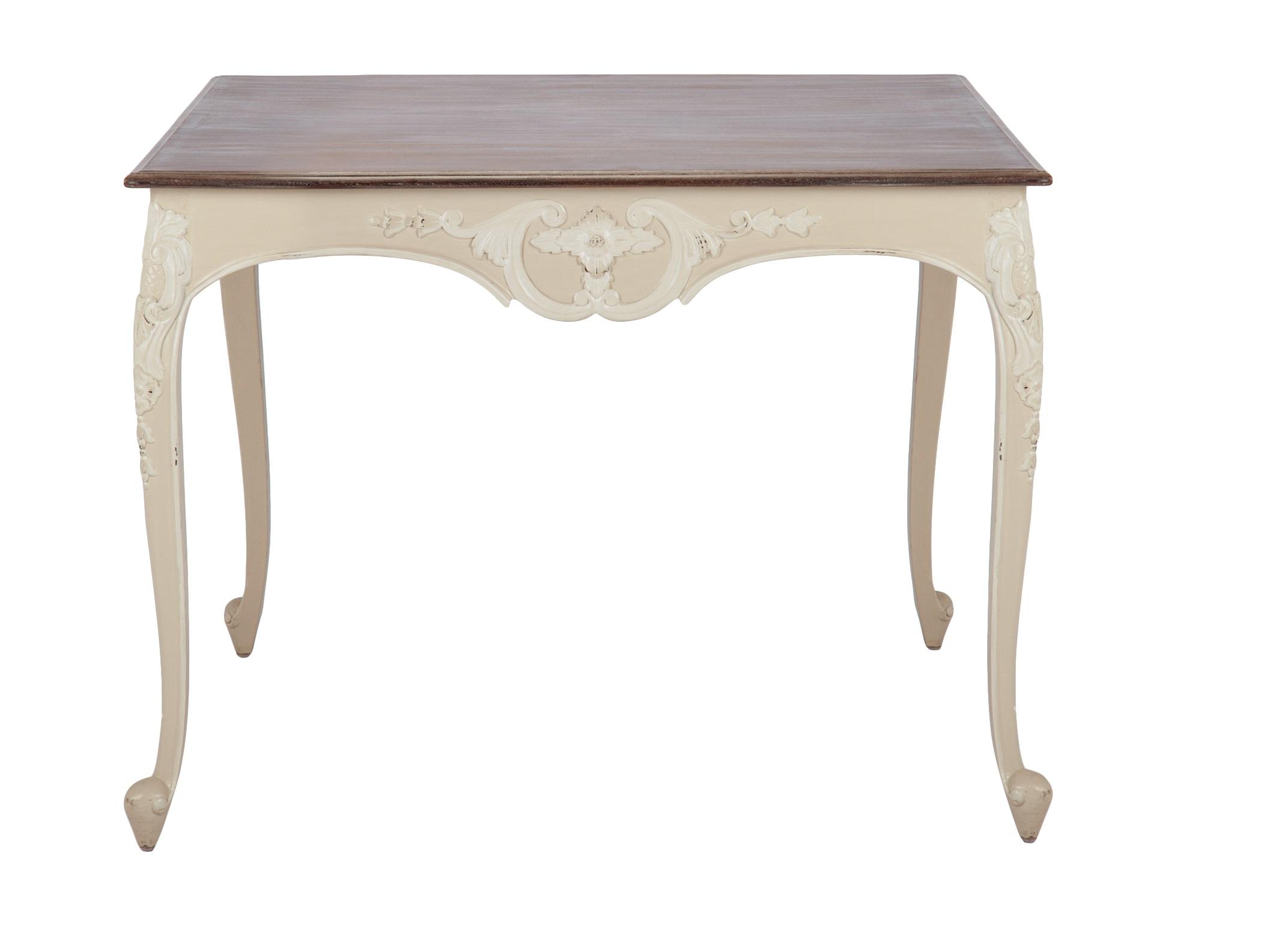 Стол квадратный ПаулинаОбеденные столы<br>Стол квадратный из дерева махагони, украшен резьбой и старением. Столешница цвета венге.<br><br>Material: Красное дерево<br>Ширина см: 100<br>Высота см: 78<br>Глубина см: 100