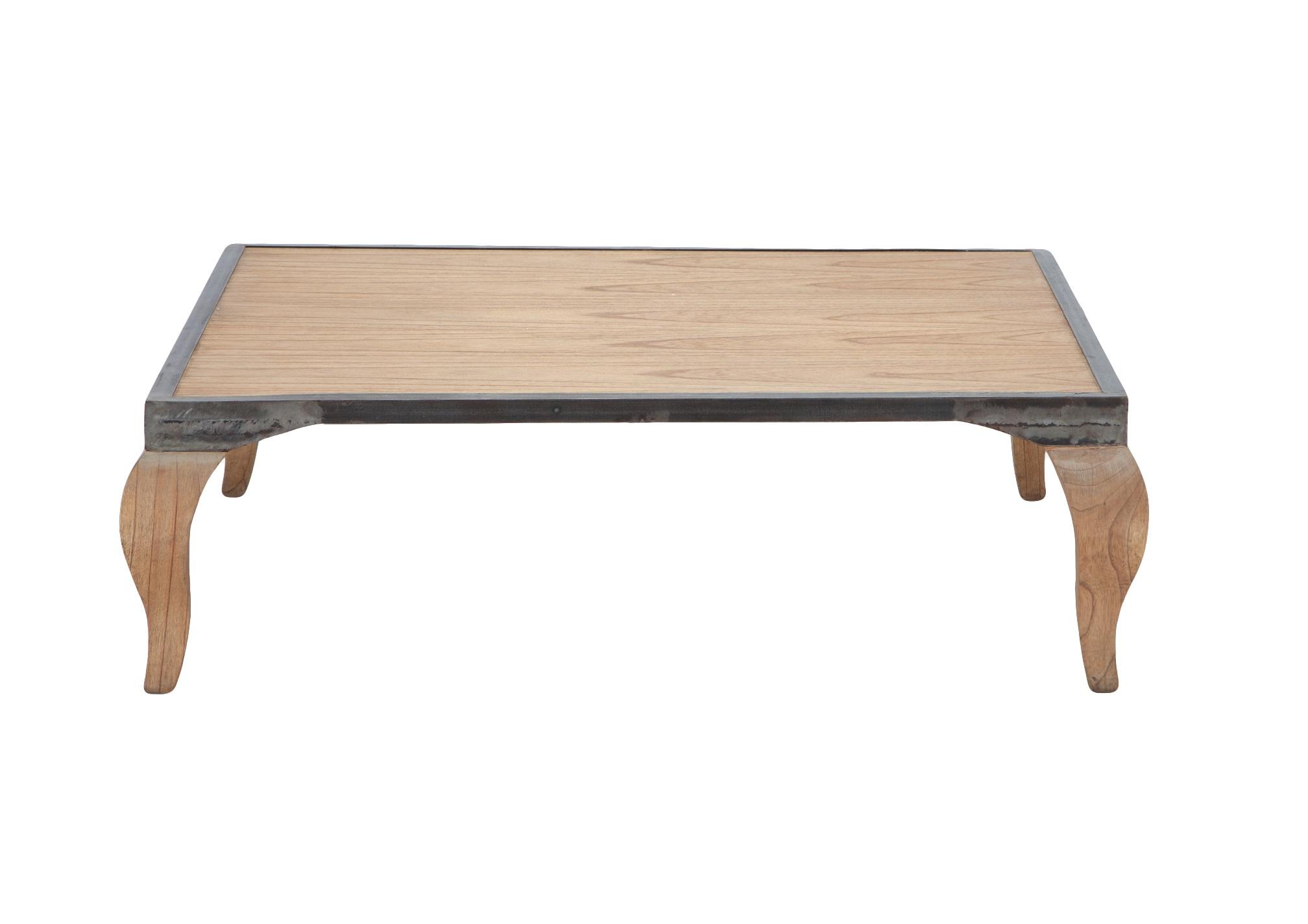 Столик кофейный «Клео»Кофейные столики<br>Столик кофейный квадратный из дерева махагони, декорирован металлом.<br><br>Material: Красное дерево<br>Ширина см: 115<br>Высота см: 35<br>Глубина см: 115