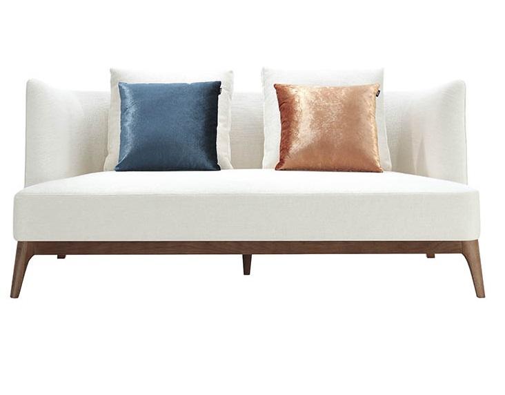 Диван двухместный с подушками StarliteДвухместные диваны<br>Диван с деревянными ножками<br><br>Material: МДФ<br>Length см: None<br>Width см: 180<br>Depth см: 95<br>Height см: 84