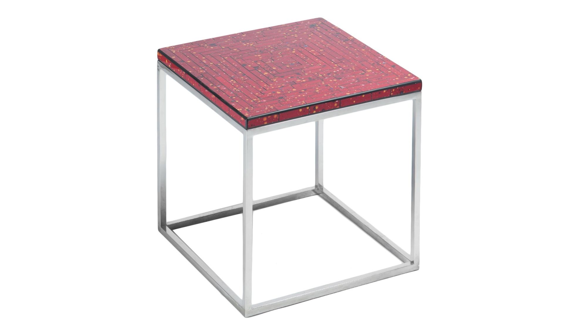 СтоликПриставные столики<br>Столик квадратный на стальном основании, декорирован мозаикой.<br><br>Material: Сталь<br>Length см: None<br>Width см: 60<br>Depth см: 60<br>Height см: 56