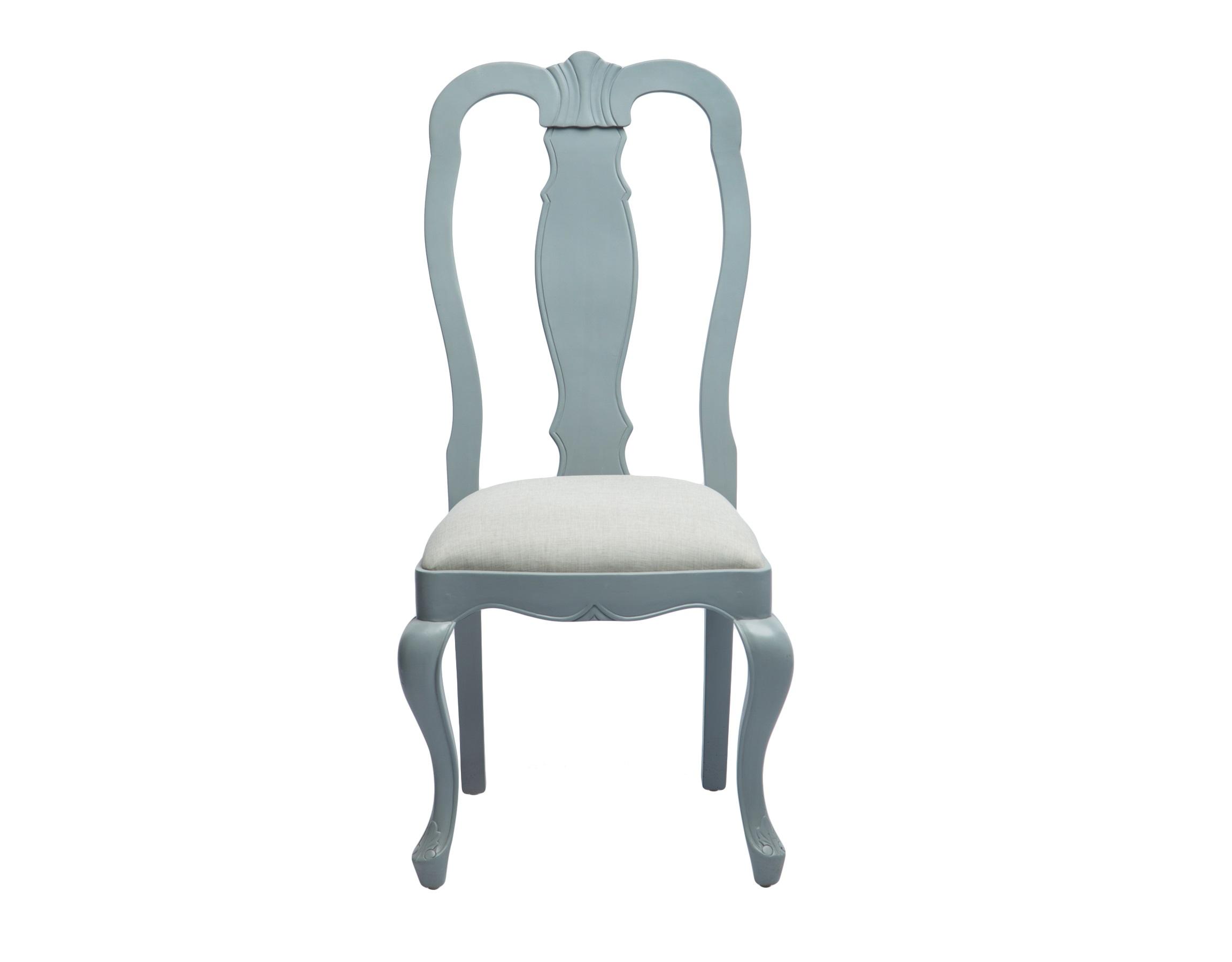 Стул ЛордОбеденные стулья<br>Стул из дерева махагони с высокой резной спинкой.<br><br>Material: Красное дерево<br>Width см: 52<br>Depth см: 56<br>Height см: 107