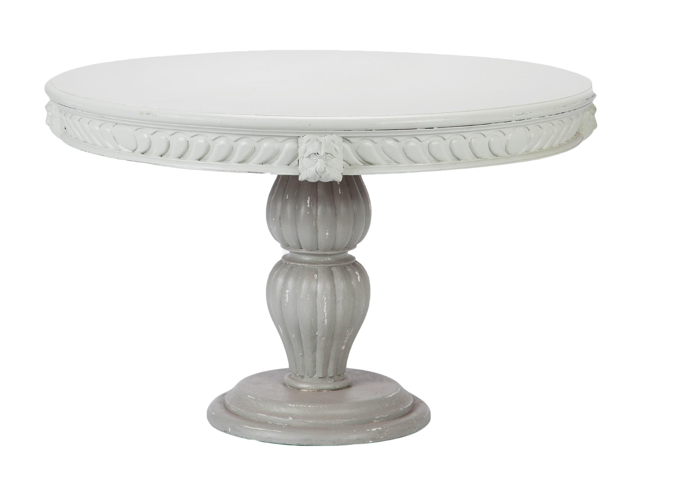 Стол обеденный ГотикаОбеденные столы<br>Стол обеденный круглый в готическом стиле, украшен резьбой и львиными головами, декорирован старением.<br><br>Material: Красное дерево<br>Высота см: 76
