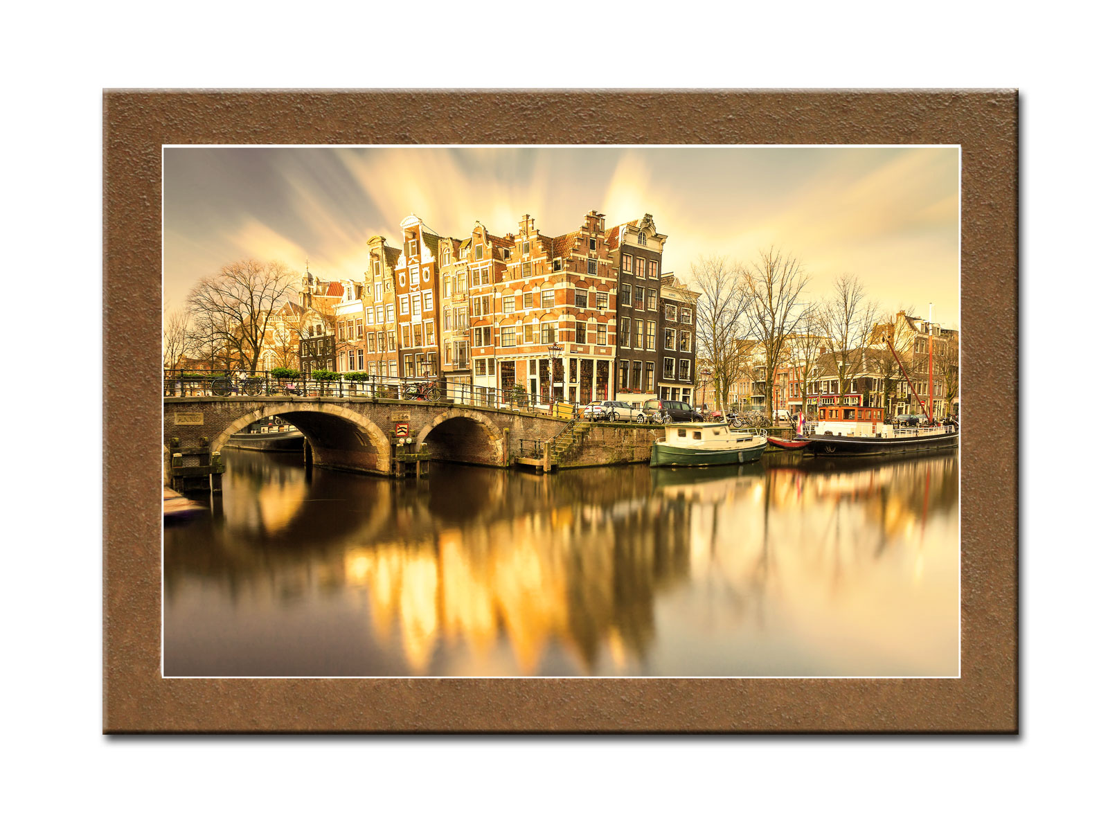 Картина АмстердамКартины<br>Картина из серии &amp;quot;Города&amp;quot;.&amp;amp;nbsp;&amp;lt;div&amp;gt;&amp;lt;br&amp;gt;&amp;lt;/div&amp;gt;&amp;lt;div&amp;gt;Натуральный холст, галерейный подрамник, по периметру картина декорирована фактурой песка.&amp;lt;/div&amp;gt;<br><br>Material: Дерево<br>Width см: 70<br>Depth см: 3<br>Height см: 50