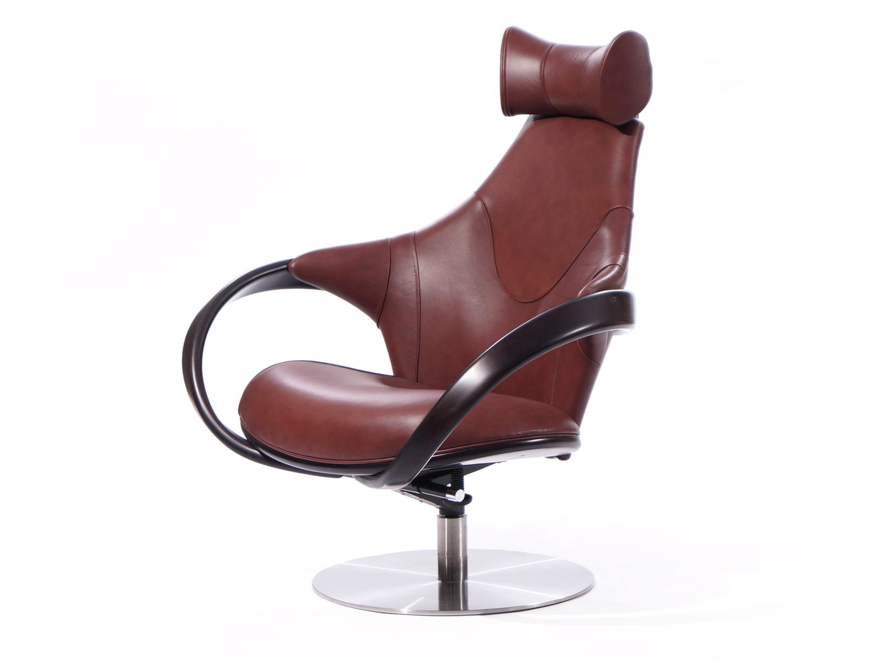 Кресло Apriori RКожаные кресла<br>&amp;lt;div&amp;gt;Удивительно удобное дизайнерское кресло с механизмом качения. Удачно дополнит комплект мягкой мебели в современную гостиную.&amp;amp;nbsp;&amp;lt;/div&amp;gt;&amp;lt;div&amp;gt;&amp;lt;br&amp;gt;&amp;lt;/div&amp;gt;&amp;lt;div&amp;gt;Материал: Натуральное дерево,береза, цвет: венге.&amp;amp;nbsp;&amp;lt;/div&amp;gt;&amp;lt;div&amp;gt;Обивка: кожа.&amp;lt;/div&amp;gt;<br><br>Material: Кожа<br>Length см: None<br>Width см: 85<br>Depth см: 102<br>Height см: 110