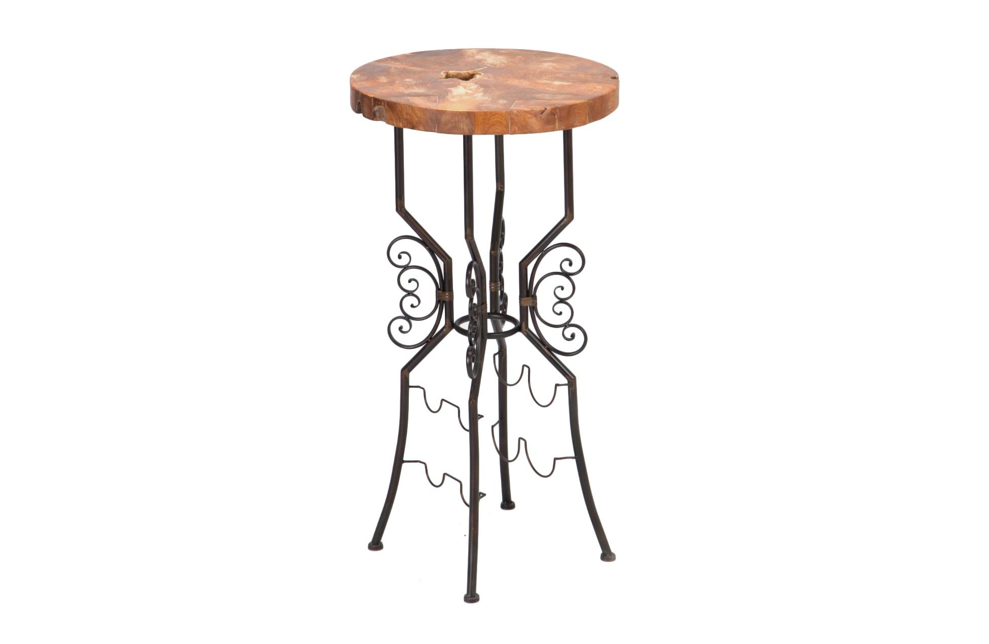 Столик барныйБарные столы<br>Столик высокий кованый из железа с держателями для напитков и бокалов. Столешница из состаренного тика.<br><br>Material: Тик<br>Height см: 104<br>Diameter см: 55