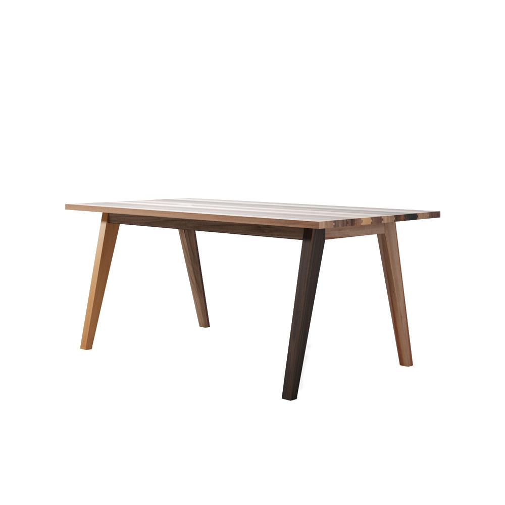 Стол обеденный CarltonОбеденные столы<br>&amp;lt;div&amp;gt;Carlton – идеальный стол для семейных ужинов и дружеских посиделок.&amp;amp;nbsp;&amp;lt;/div&amp;gt;&amp;lt;div&amp;gt;&amp;lt;br&amp;gt;&amp;lt;/div&amp;gt;&amp;lt;div&amp;gt;Большой, добротный и одновременно изящный благодаря выверенным пропорциям и отсутствию лишних деталей. Глядя на яркую, разноцветную столешницу осознаёшь, что её точно не стоит прятать под скатертью. А лучше всего этот стол украсит посуда, наполненная приготовленными с любовью блюдами.&amp;amp;nbsp;&amp;lt;/div&amp;gt;&amp;lt;div&amp;gt;&amp;lt;br&amp;gt;&amp;lt;/div&amp;gt;&amp;lt;div&amp;gt;Имея классическую, но никогда не теряющую актуальности, форму, Carlton 180 будет органично смотреться и в современном лофте, и в загородном доме. И обязательно станет центром притяжения столовой или гостиной, всем своим видом словно призывая присесть, забыв делах и заботах.&amp;lt;/div&amp;gt;<br><br>Material: Тик<br>Length см: 0<br>Width см: 180<br>Depth см: 75<br>Height см: 90<br>Diameter см: 0