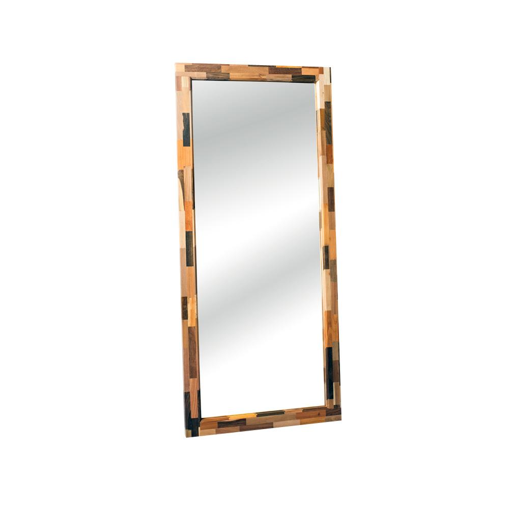 Зеркало DekalbНастенные зеркала<br>&amp;lt;div&amp;gt;Необычный и запоминающийся орнамент зеркала Dekalb – это своеобразный пазл, собранный из множества брусков разных пород дерева.&amp;amp;nbsp;&amp;lt;/div&amp;gt;&amp;lt;div&amp;gt;&amp;lt;br&amp;gt;&amp;lt;/div&amp;gt;&amp;lt;div&amp;gt;Dekalb является очередным доказательством того, что природа способна творить чудеса. А от человека требуется только немного воображения и мастерства, чтобы обыденная, казалось бы, вещь стала настоящим произведением искусства. Которое может стать одной из главных изюминок в интерьере вашего дома.&amp;lt;/div&amp;gt;<br><br>Material: Тик<br>Ширина см: 80<br>Высота см: 100<br>Глубина см: 4