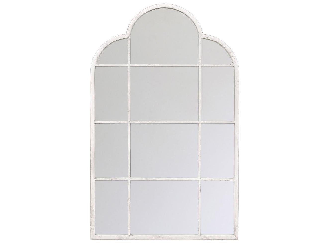 Настенное зеркало РивьераНастенные зеркала<br>Арочный свод зеркала «Ривьера», интригующий отражения переплетом оконной рамы, модерирует эффект глубины и объемности. Любое помещение, расчерченное тонкими белыми векторами, остается светлым, легким и просторным. Это зеркало  - идеальный баланс между сдержанным силуэтом и убедительным размером, практичностью и изыском, благородством и роскошью, &amp;quot;модерном&amp;quot; и &amp;quot;лофтом&amp;quot;. Зеркальные &amp;quot;окна&amp;quot; - эффектный и экстравагантный имидж старинного поместья, пронизанного атмосферой свежего воздуха и света.<br><br>Material: Металл<br>Width см: 74<br>Depth см: 4<br>Height см: 119