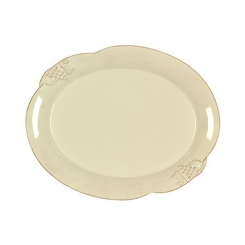 Блюдо овальноеДекоративные блюда<br>Costa Nova (Португалия) – керамическая посуда из самого сердца Португалии. Она максимально эстетична и функциональна. Керамическая посуда Costa Nova абсолютно устойчива к мытью, даже в посудомоечной машине, ее вполне можно использовать для замораживания продуктов и в микроволновой печи, при этом можно не бояться повредить эту великолепную глазурь и свежие краски. Такую посуду легко мыть, при ее очистке можно использовать металлические губки – и все это благодаря прочному глазурованному покрытию.&amp;amp;nbsp;<br><br>Material: Керамика<br>Diameter см: 40
