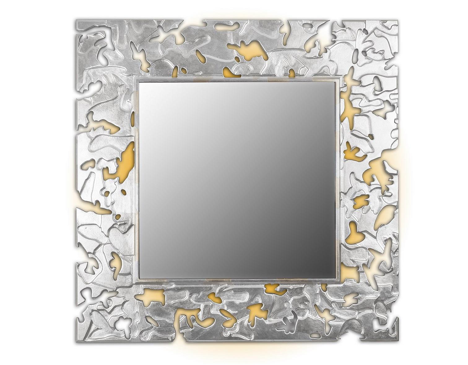 Зеркало CAMOUFLAGEНастенные зеркала<br>Данный вариант представлен в квадратной форме, цвет: золото и серебро.<br><br>Material: Дерево<br>Length см: None<br>Width см: 90<br>Depth см: 0.8<br>Height см: 90