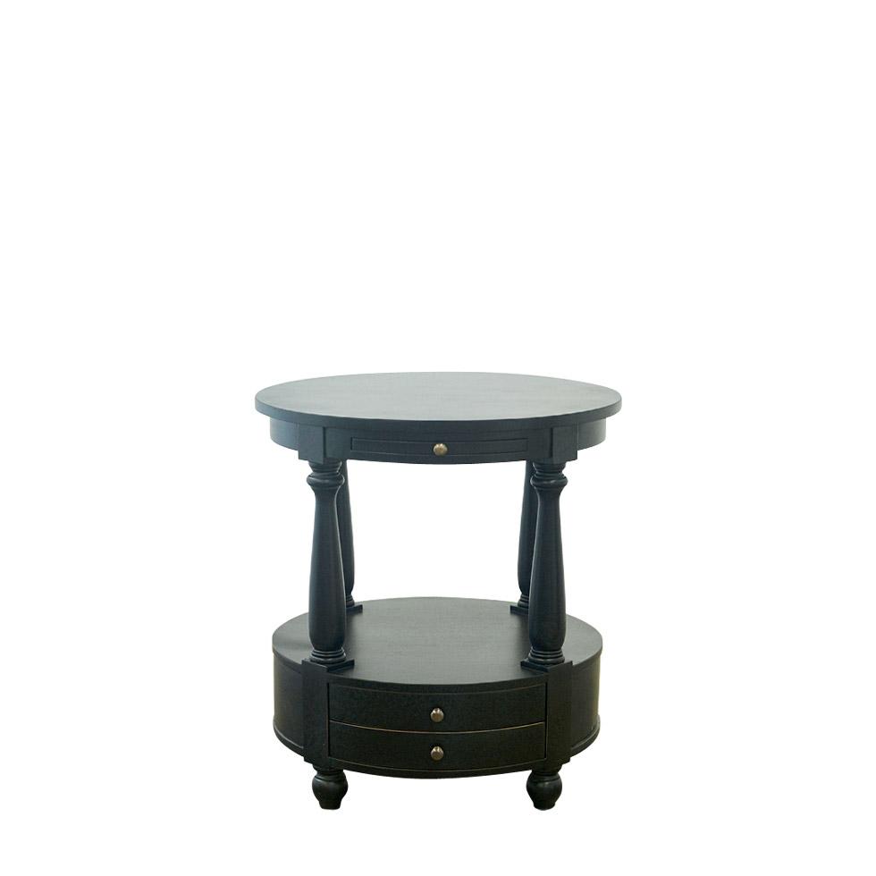 Кофейный столик Stanley Side TableКофейные столики<br>Декоративный столик &amp;quot;Stanley&amp;quot;, выполненный по образцам мебели XVIII столетия, способен украсить вашу гостиную, кабинет или спальную комнату, придав им шарма пышности, изысканности и роскоши, воплощенных в каждой его детали. Сделанный из натурального дерева махагон с тремя выдвижными ящиками и декоративными ножками, стол &amp;quot;Stanley&amp;quot; может послужить вам в качестве тумбочки или кофейного столика.<br><br>Material: Дерево<br>Ширина см: 66<br>Высота см: 61<br>Глубина см: 61