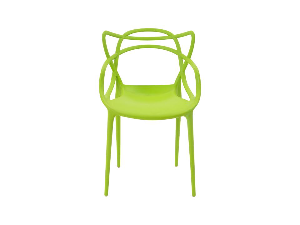 Стул SwellОбеденные стулья<br>Форма этого стула, созданного по мотивам знаменитой модели Филлипа Старка, не подчиняется законам гравитации. Привнесите в свой дом немного космического волшебства!<br><br>Material: Пластик<br>Ширина см: 52<br>Высота см: 84<br>Глубина см: 55
