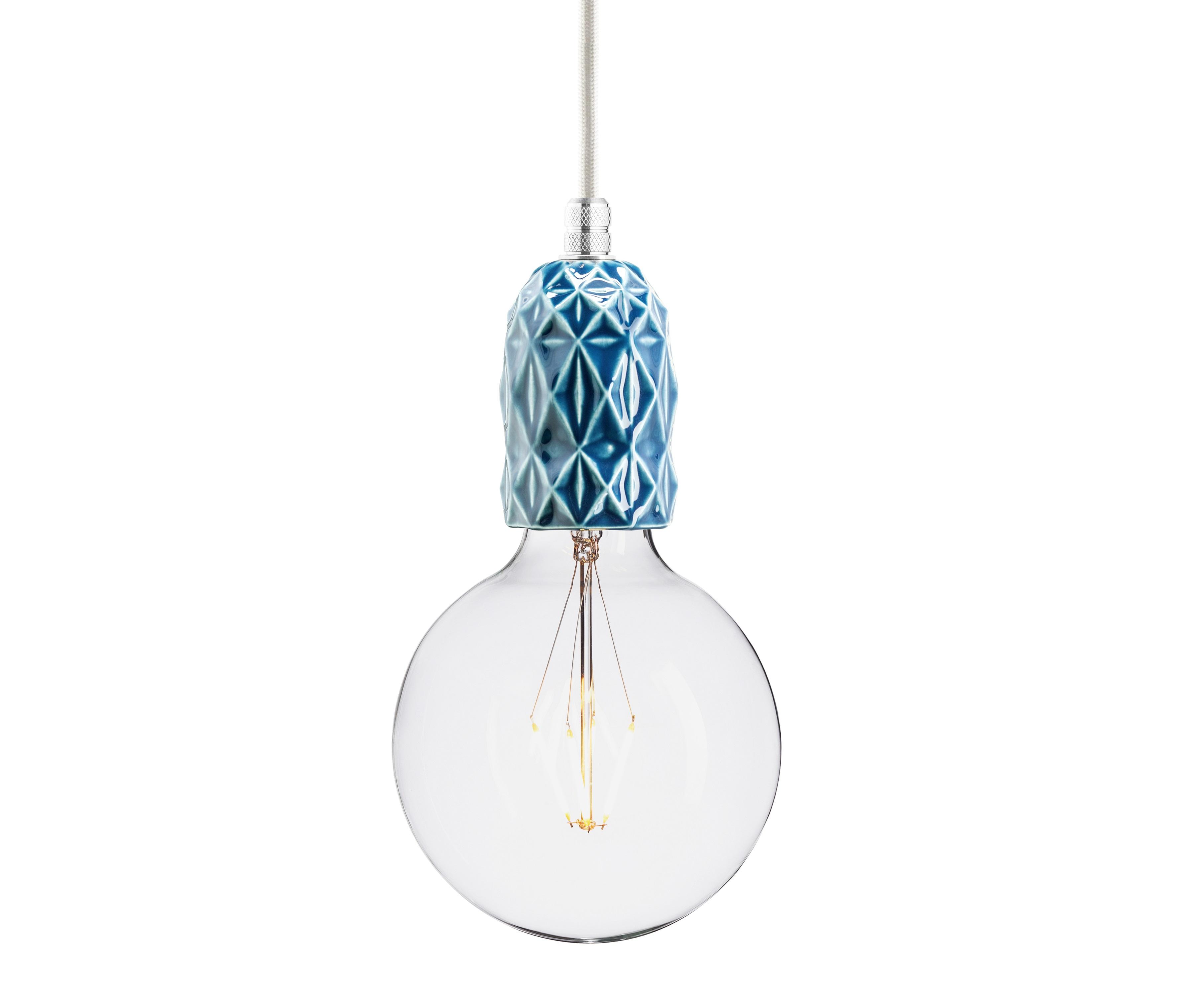 Подвесной светильник AIRПодвесные светильники<br>Подвесной светильник из керамики, доступный в 4-ех цветах: красном, индиго, голубом и лиловом. Два вида фурнитуры: латунь или алюминий.&amp;lt;div&amp;gt;&amp;lt;br&amp;gt;&amp;lt;/div&amp;gt;&amp;lt;div&amp;gt;&amp;lt;div&amp;gt;Вид цоколя: E27&amp;lt;/div&amp;gt;&amp;lt;div&amp;gt;Мощность: 60W&amp;lt;/div&amp;gt;&amp;lt;div&amp;gt;Количество ламп: 1&amp;lt;/div&amp;gt;&amp;lt;/div&amp;gt;&amp;lt;div&amp;gt;&amp;lt;br&amp;gt;&amp;lt;/div&amp;gt;<br><br>Material: Керамика<br>Width см: None<br>Depth см: None<br>Height см: 10.5<br>Diameter см: 5.9